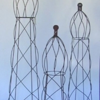 Wrought Iron Topiary Form - Swirl Crown